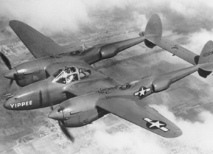 Lockheed_P-38_Lightning_USAF_